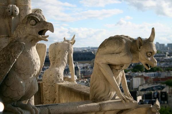 453043-Notre-Dame--Scary-Gargoyles-0.jpg