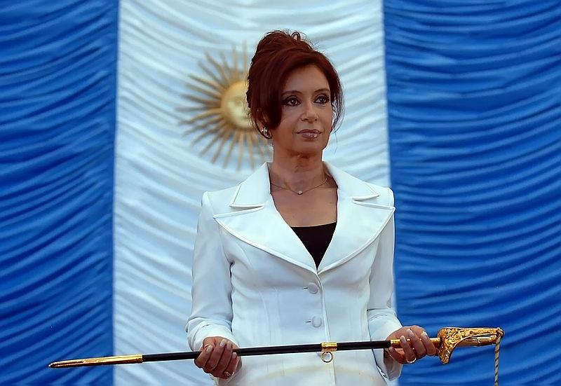 800px-Cristina_Fernandez_Comandante_en_Jefe.jpg