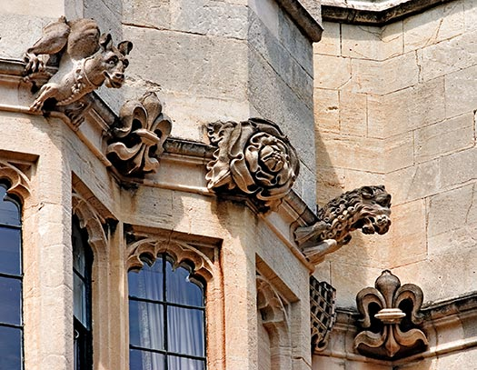 Gargoyles_Windsor_8863.jpg