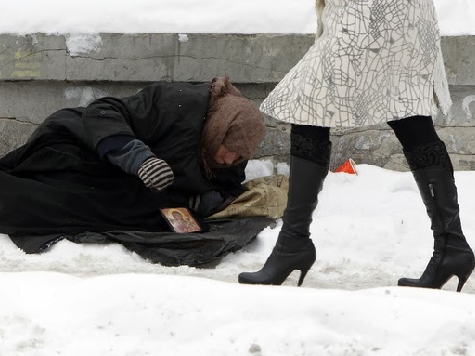 Homeless-snow-woman-walking-Reuters.png