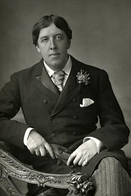 Oscar_Wilde_(1854-1900)_1889,_May_23._Picture_by_W._and_D._Downey (3).jpg