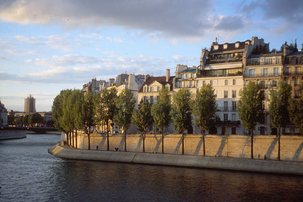 ParisIleStLouis01.jpg
