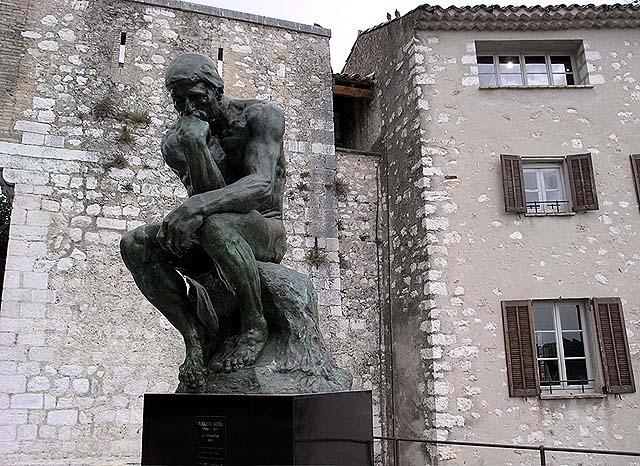 RodinThinkerFront.jpg