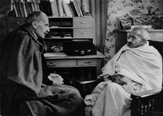 Rolland-and-Gandhi6.jpg