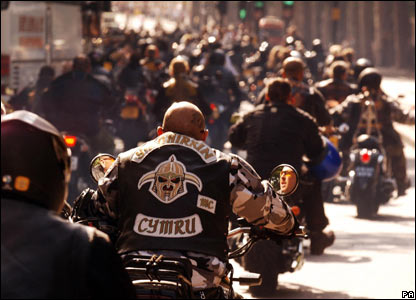 _44118520_bikerinprocession416.jpg