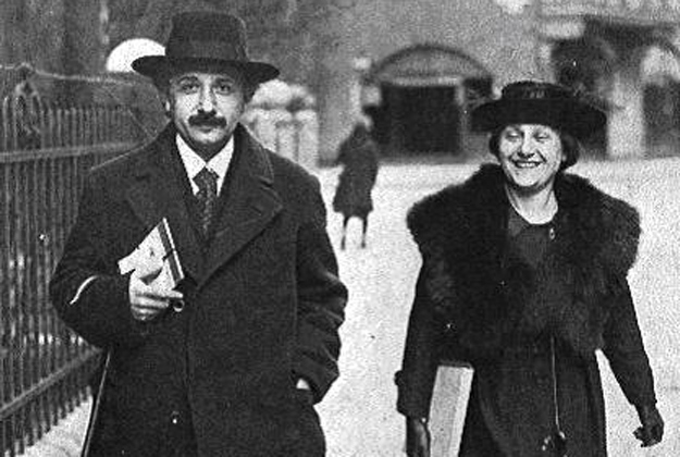 albert-einstein-and-2nd-wife-elsa (1).jpg