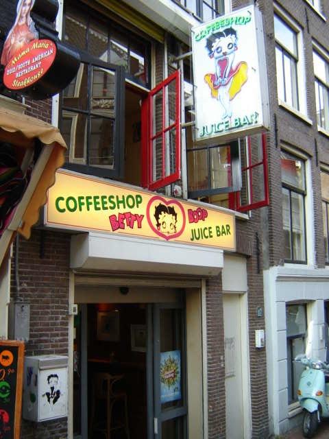 betty-boop-coffeeshop1.jpg