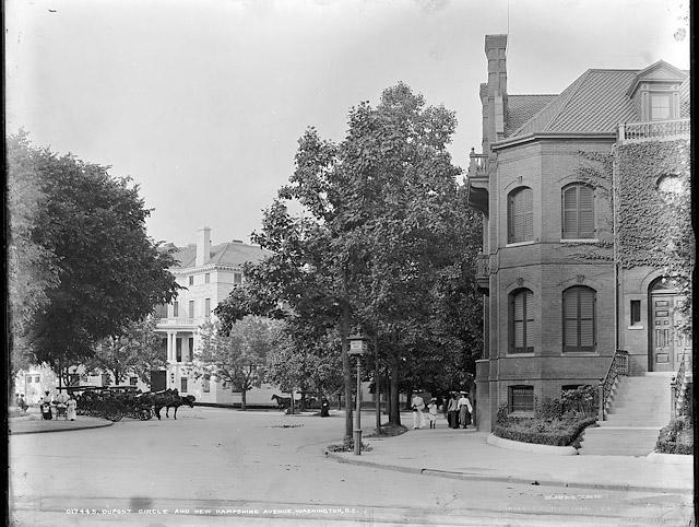 dupont-circle-1900.jpg