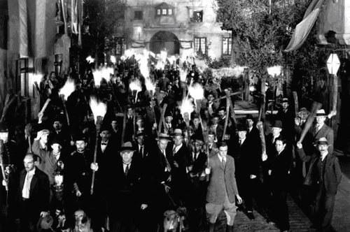 frankenstein-angry-mob.jpg