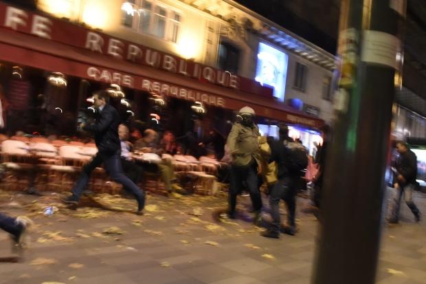 paris-attacks-chaos-nov-13-2015-place-de-la-republique-square.jpg