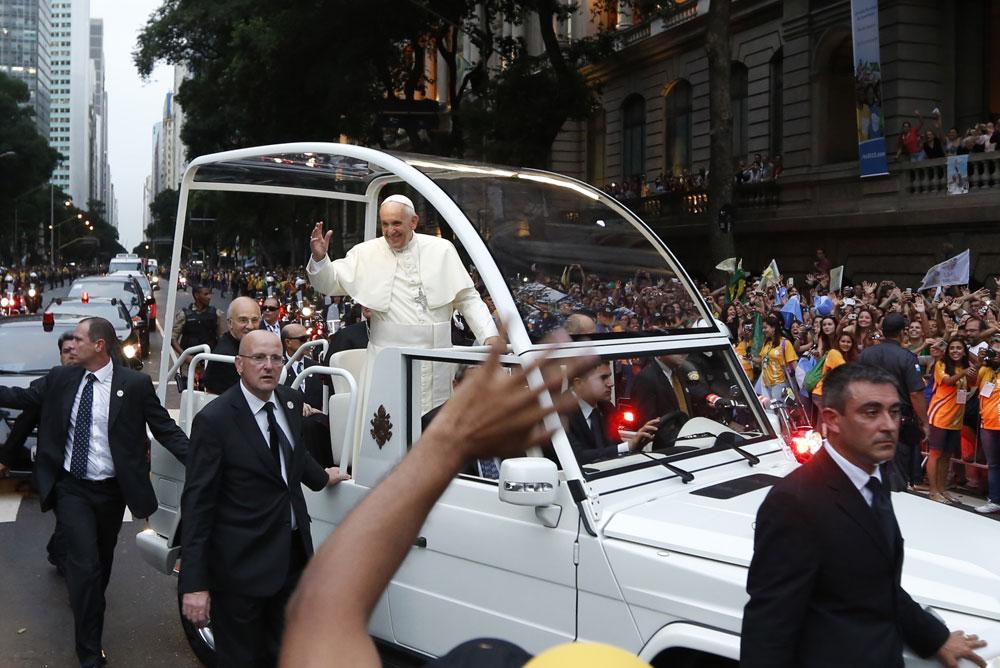 pope-mobile_0.jpg