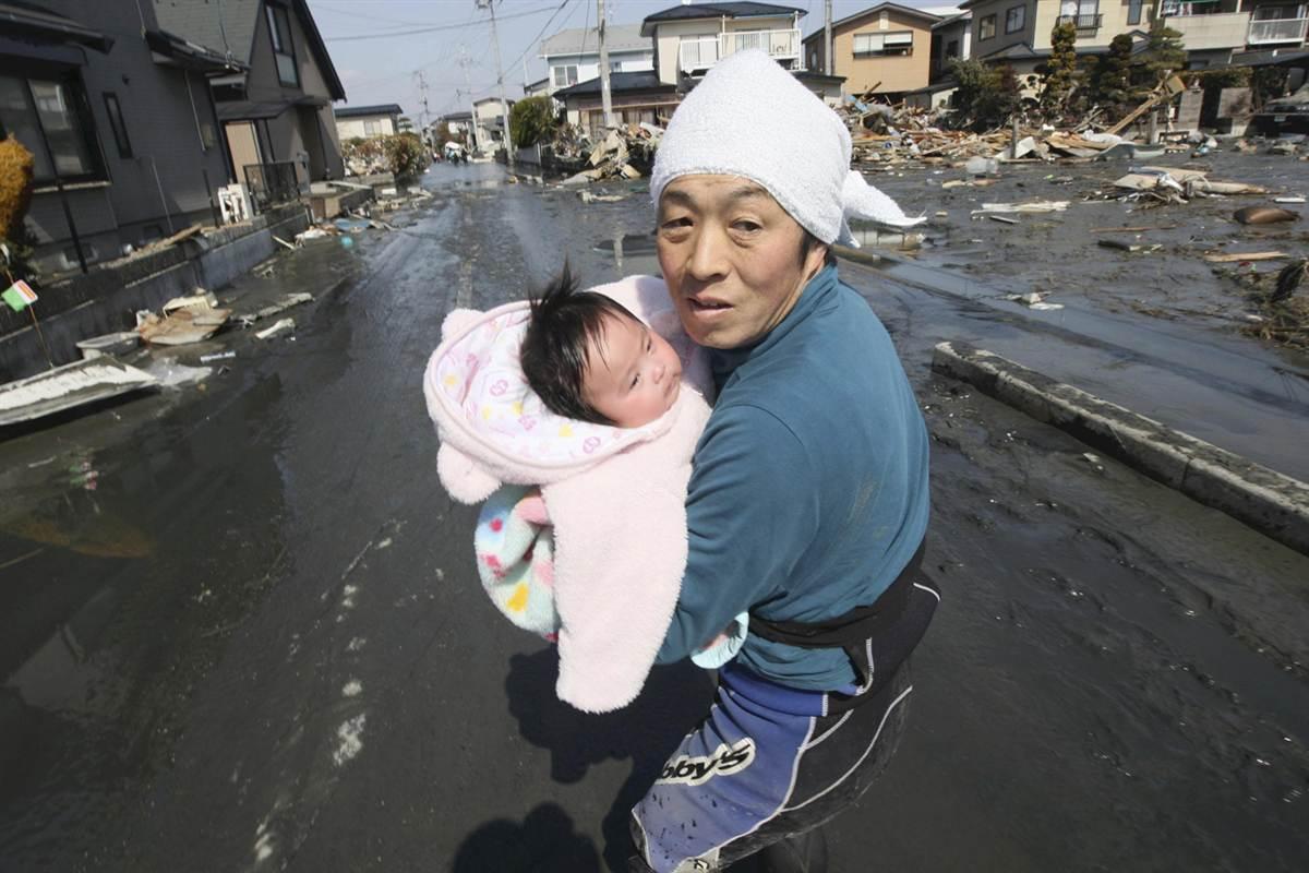 ss-110314-japanQuake-jc-01_ss_full.jpg